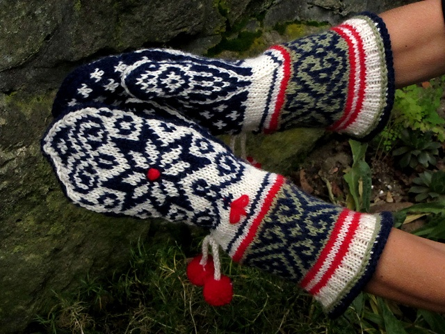 1066 best Mittens images on Pinterest | Knit mittens, Knitting ...