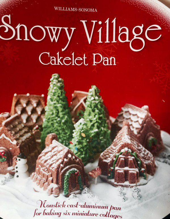 snowy village cakelets ❄️☃  via @puzzlingalong