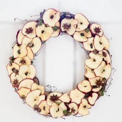 DIY Dried Apple Wreath with acorns and anise. Perfect for Fall.