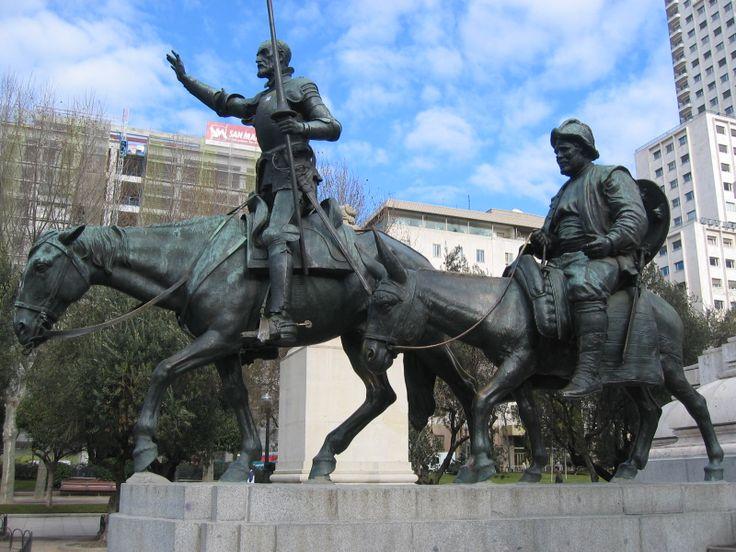 Don quijote y sancho panza en la plaza de espa a de madrid - Montadores de pladur en madrid ...