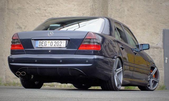 Neue Energie: Getunter W202 mit 265 PS: 99er Ex-C180 erstarkt zum Mercedes C230 Kompressor - Auto der Woche - Mercedes-Fans - Das…