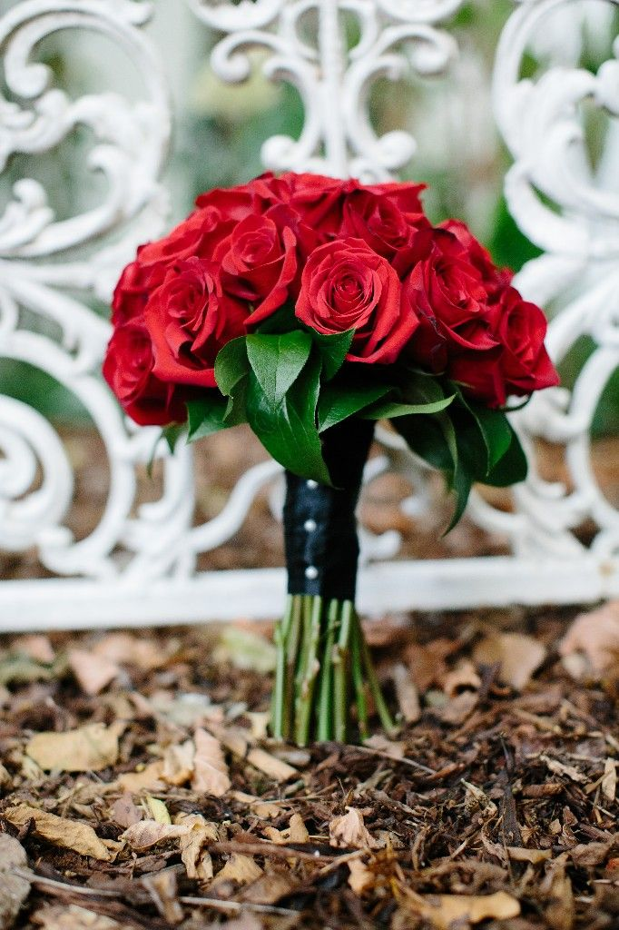 10 best images about wedding bouquet on pinterest - Red garden rose bouquet ...