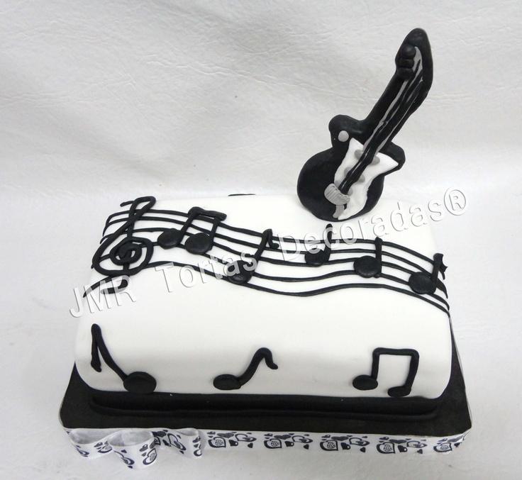 Torta pentagrama y guitarra