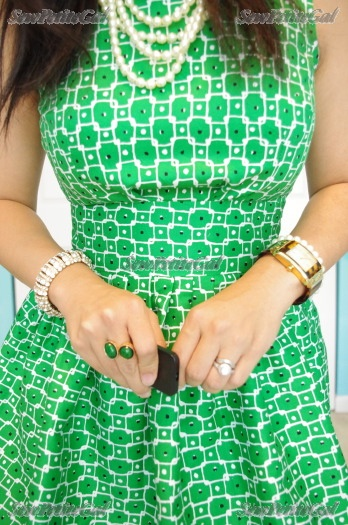 SewPetiteGal: Graphic Green Fit & Flare Dress DIY (& 1 for Baby)