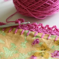 Crochet edging for pillow cases