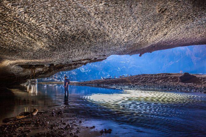 Barlang.bejárat - Vietnam   NationalGeographic.rs