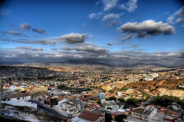 Tijuana from Hacienda Agua Caliente   Flickr: Intercambio de fotos