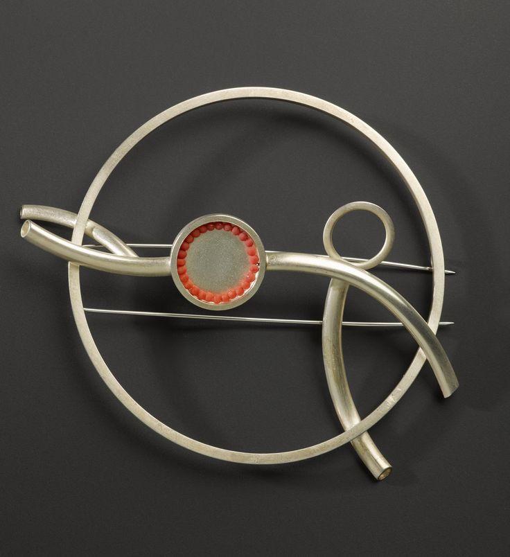 Brooch from the Artery Series silver and felt: Scottish, Edinburgh, by Dorothy Hogg, 2004