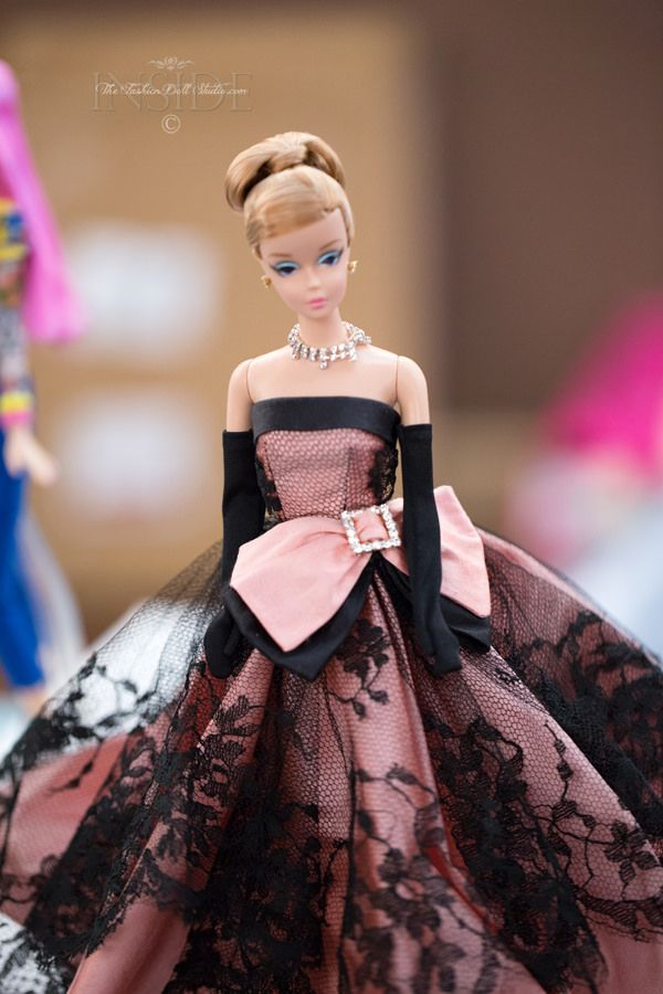 Rob's Dolls and many other artists had a party on Tuesday to sell their proucts.