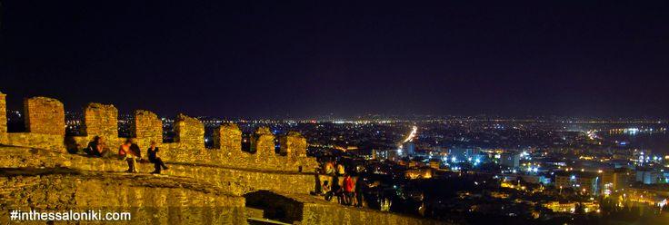 ● Panoramic View from the Byzantine Walls in Thessaloniki! (Trigoniou Tower)   ● Πανοραμική Θέα της Θεσσαλονίκης απο τα Βυζαντινά Τείχη στην Ανω Πόλη (Πύργος Τριγωνίου)