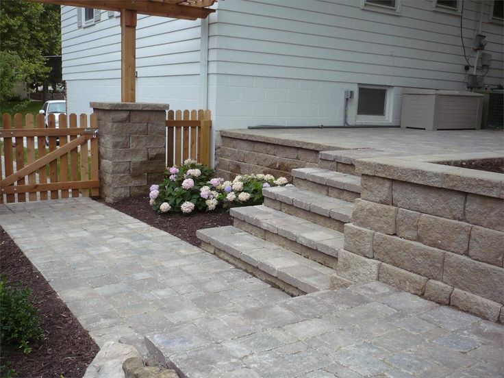Outdoor Concrete Block Stairs Design Ideas | ... Block Also With White Wood  Siding And Paver Patio Step Staircase | Retaining Walls/fences | Pinterest  ...