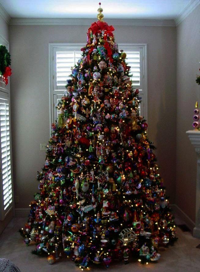 Christmas Tree Skirt Glitter One Christmas House Christmas Tree Skirt B M Where Christmas Tree Inspiration Beautiful Christmas Trees Holiday Christmas Tree