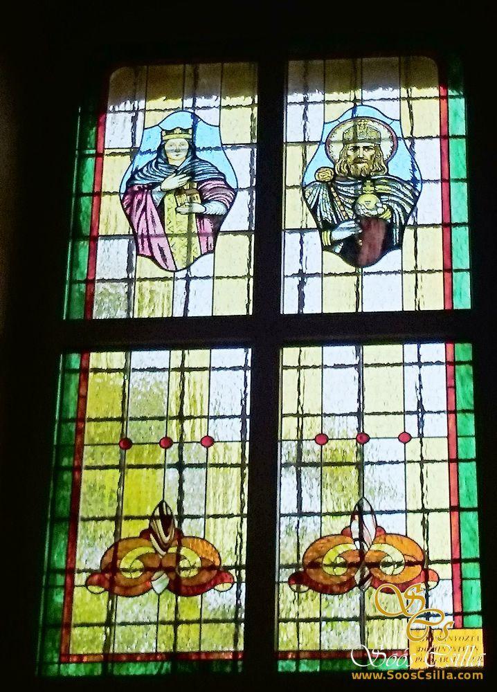 Izsai Templom Ólomüveg Ablak Készítés  http://hu.sooscsilla.com/egyhazi-vallasi-templom-olomuveg/ http://hu.sooscsilla.com/portfolio/izsai-templom-szines-egyhazi-vallasi-olomuveg-ablak-keszites/