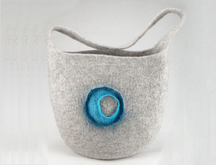 Schultertaschen - Gefilzte Schultertasche / Shopper groß - ein Designerstück von exposicion-Filz-und-Textilkunst bei DaWanda