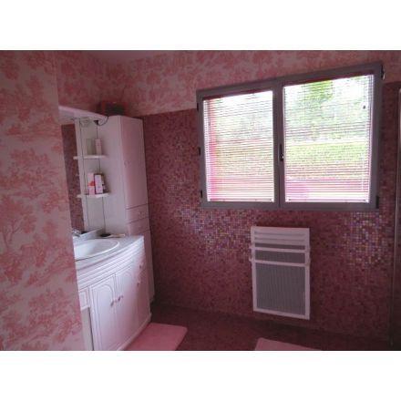 23 best mosaique salle de bain images on Pinterest Bathroom, Tile - mosaique rose salle de bain