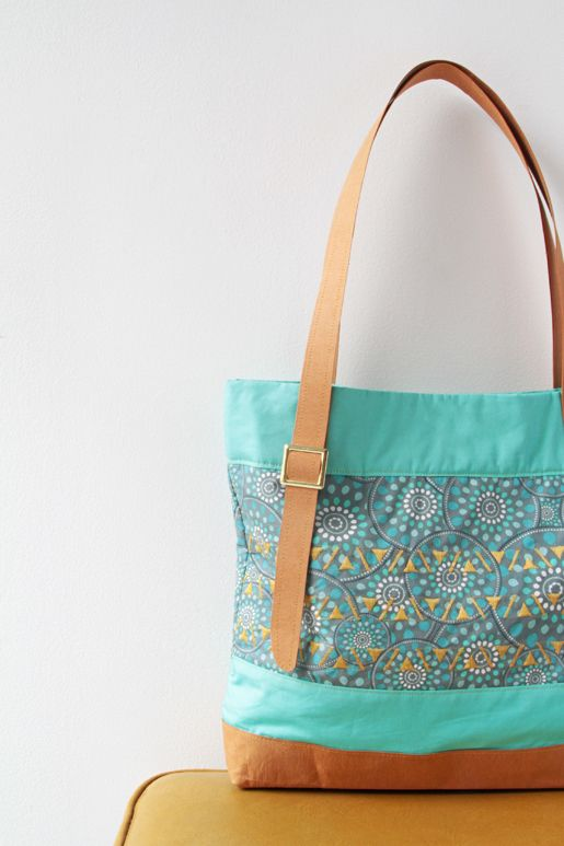 Free pattern for the Modernista Tote bag. #Tote #Bag #FreePattern