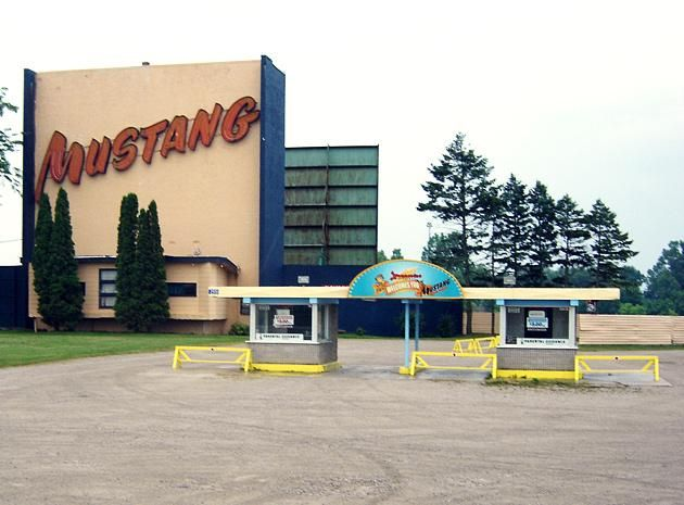 Days Out Ontario | Mustang Drive-In Theatre, London, Ontario