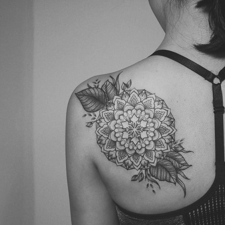 I made this for @wwwanchi last weekend around her existing top left leaf.  Thank you! Tony's chocolonely is the bomb!  #rachainsworth #tattoo #sticksandstones #berlin #neukölln #mandala
