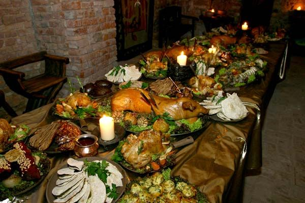 Medieval meals bing images art food feasts for Art culture and cuisine ancient and medieval gastronomy