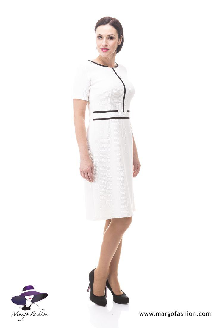 Sukienka Lotta z nowej kolekcji Wiosna 2015 by Kaskada. #sukienka #Szczecin #odzież #kobieta #zklasą #kobietaglamour #dress #women #clothes #elegance #chic #classic #primavera