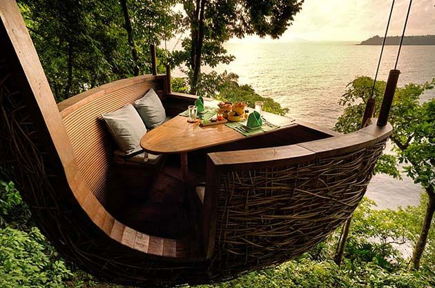 Thailand's Luxury Treepod Dining at the Soneva Kiri in Koh Kood. Relax in the tropical treetops whilst your flying waiter delivers your food on a zip wire. Read more at Mind of SK. #luxury #dining #treepod #Thailand #island