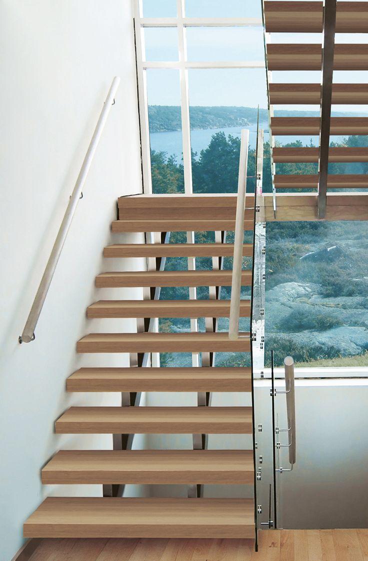 U-trappa med vilplan. Modell Gasell med steg i oljad ek. Vang i rostfritt stål & räcke i glas.  #trappa #design #gasell #rostfritt #stair #interior #inspiration #interiör #inspo #ek #oak