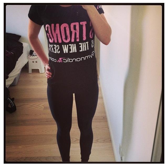 #girl #fitness #sexyisthenewsexy #tshirt #workout