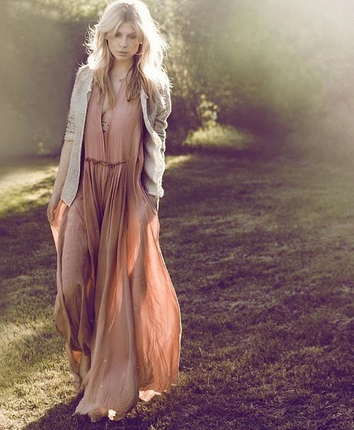 something about her is so elegant rocker  Clemence Poesy | Rue