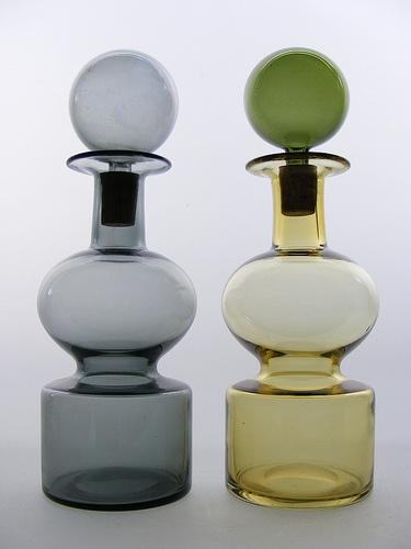 Nuutajarvi 'Kremlin Bells' glass decanters, Kaj Franck