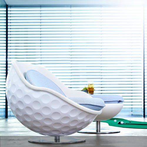 Verrückte Möbel: Leidenschaft für Golf in ein Möbelstück gegossen: nicht nur im Golfclub ein Hingucker....und gemütlich in jedem Falle! Mehr auf roomido.com #roomido
