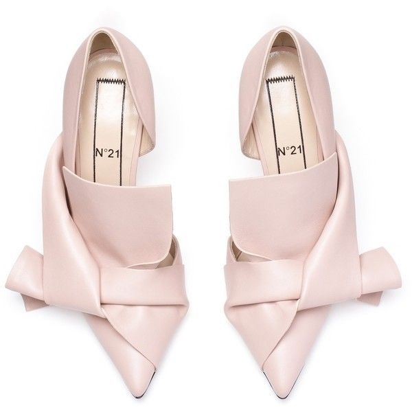 Nude calf leather bow pumps (37,085 INR) ❤ liked on Polyvore featuring shoes, pumps, heels, nude heel shoes, nude shoes, bow heel shoes, nude summer shoes and heel pump