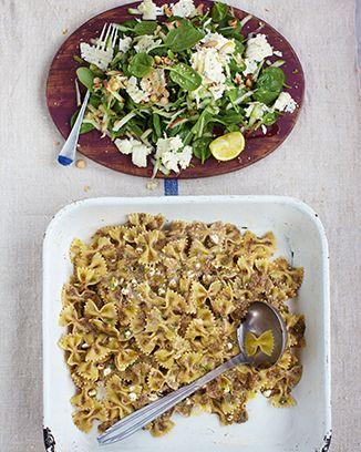 Jamie Olivers 15 Minute Meals: Episode 5 ~ Mushroom Farfalle, Blue Cheese, Hazelnut & Apple Salad