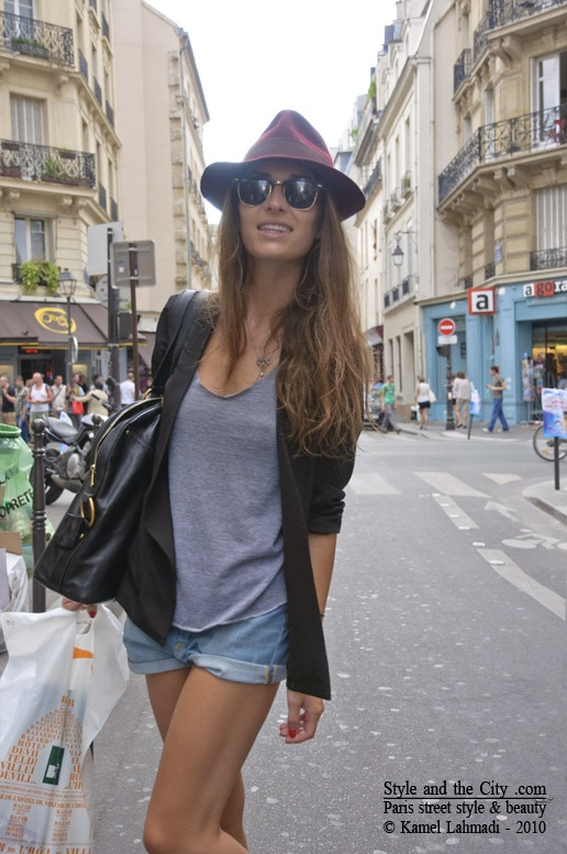 Paris in summer. Love the oversized bag! | spain | Pinterest | Black blazers Bags and Summer