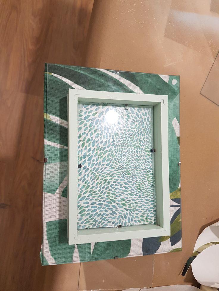 Marco decorado con tela - Talleres DIY en Leroy Merlin en el #mesdeladecoracion