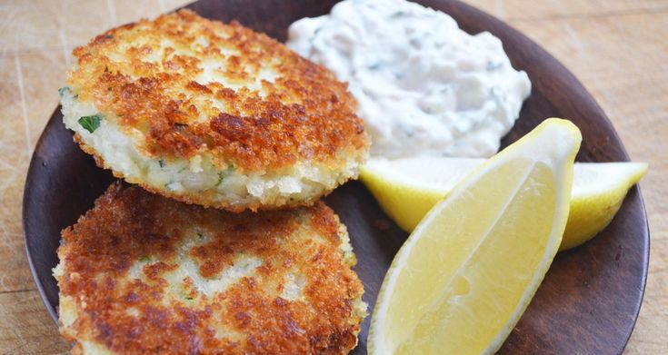 Learn how to make fish cakes, a New England Lenten classic made with firm white fish, mashed potatoes, and tangy tartar sauce. Just add lemon!