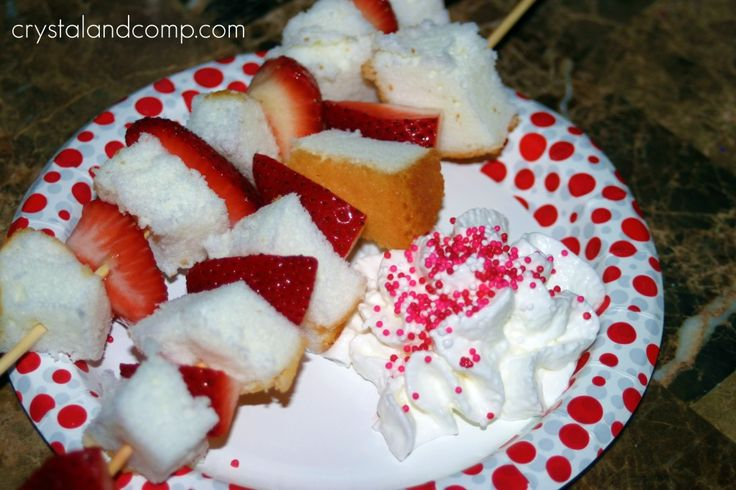 Strawberry Shortcake Kabobs.  Wouldn't this be fun for the 4th of July?
