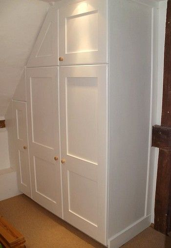 White painted MDF built in and fitted wardrobe 5