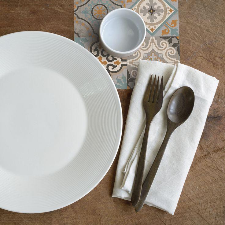 Condimenta tu mesa con nuestros posavasos. ·Modelo Patchwork Posavaso Fresc_NA· #adamaalma #posavasos #coaster #vinilo #design #baldosas #baldosashidráulicas #decor #decoración #mesa #table #patchwork
