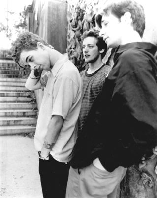 The early years; they're so young in this picture!!! I miss the old Green Day sound but I'll stick with them forever because I love them no matter what!!