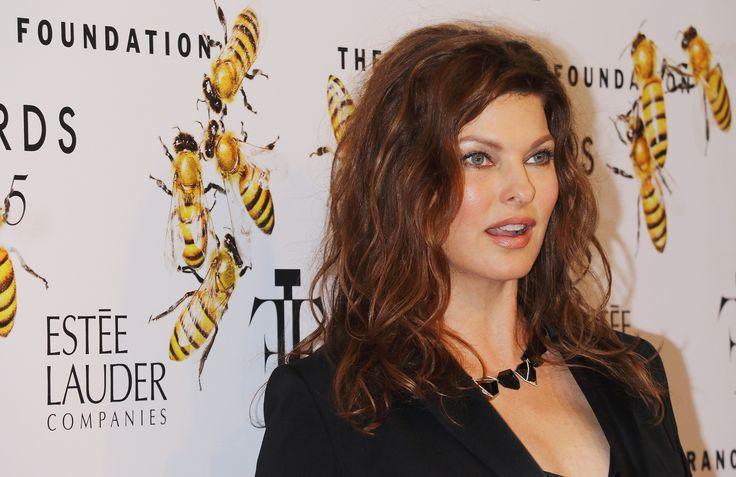 How Linda Evangelista Accidentally Discovered Her Favorite Anti-Aging Serum | Allure