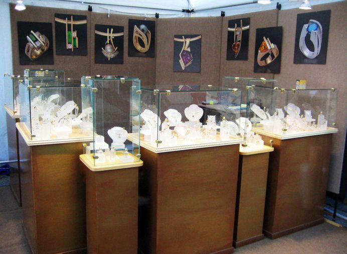 jewelry booth display krystle jewelry trade show booth
