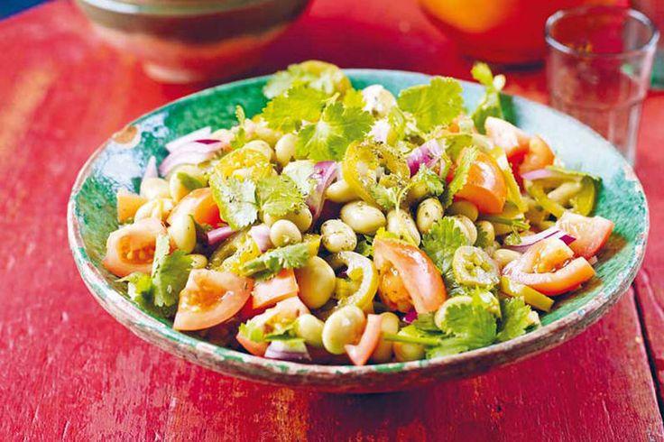 Dicke-Bohnen-Salat mit Jalapeños - frischer Koriander und scharfe Jalapeños machen diesen Salat zur Delikatesse