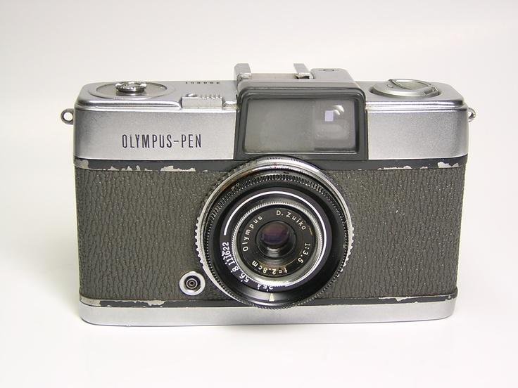OLYMPUS PEN 1959
