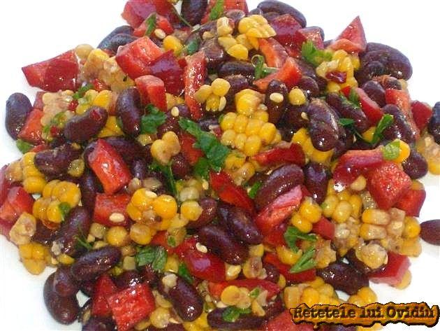 Salata cu porumb si fasole rosie. Mexicana | Papamond