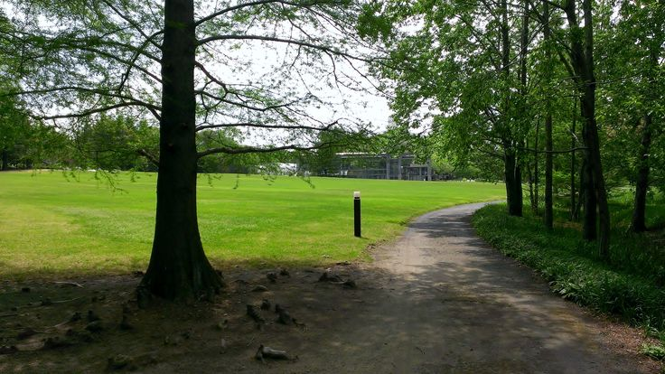 水戸市植物公園 : 水戸市, 茨城県 非舗装・舗装混じり、入園料大人300円