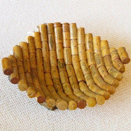 Love this fun wine cork bowl! #DIY