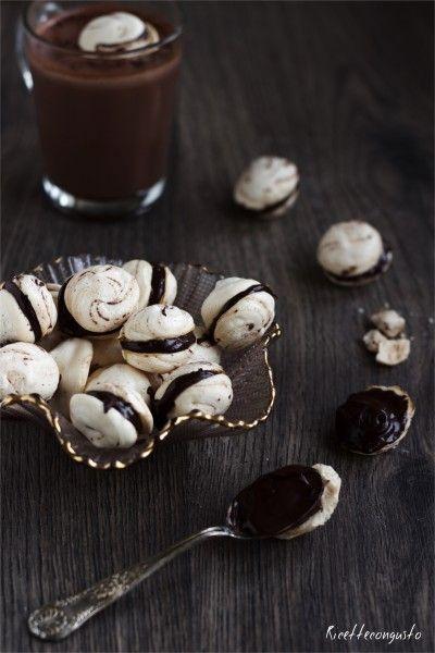Baci di meringhe al cioccolato