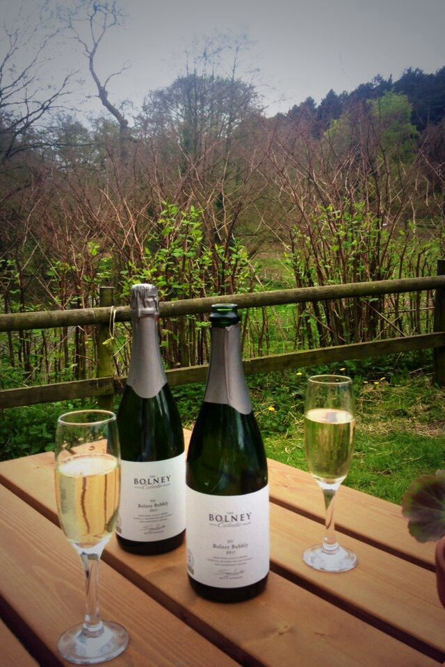 Supporting English Wine Week... Bolney Estate, Bolney Bubbly, English Fizz!