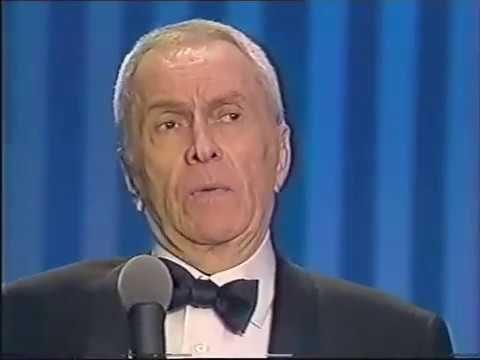 Robert Hirsch reçoit le Molière du meilleur comédien