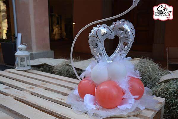 Un piccolo dettaglio del Centrotavola per Matrimonio, color Argento e Corallo. Realizzato da C&C Creations Eventi.